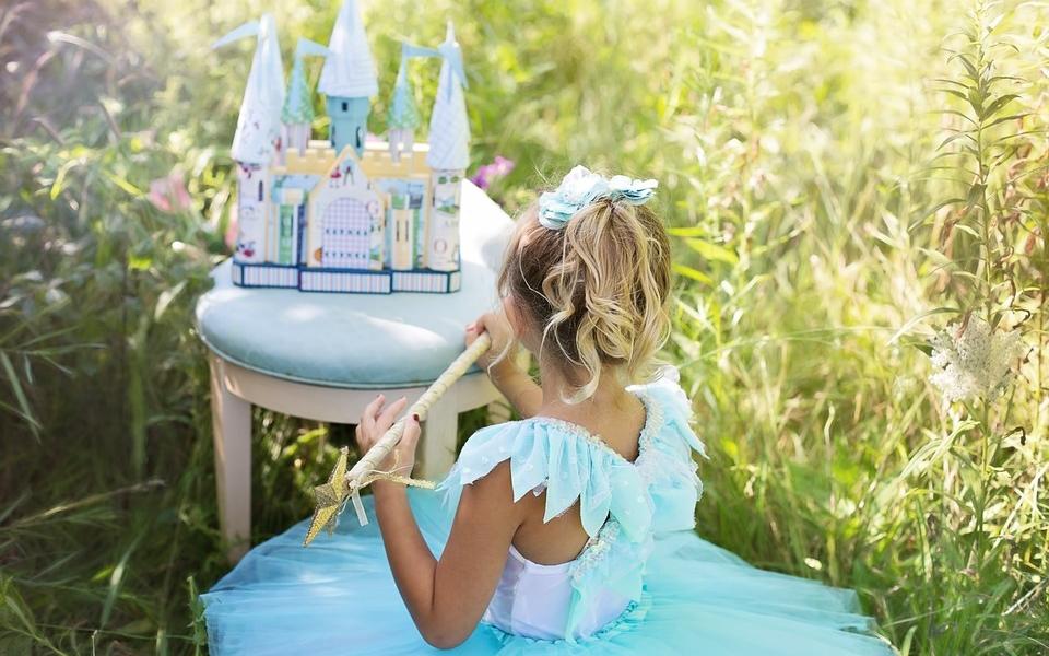 Pour ses 6 ans, j'ai organisé un anniversaire de princesse à ma fille !