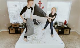 Rivalité entre frères et sœurs : comment agir ?